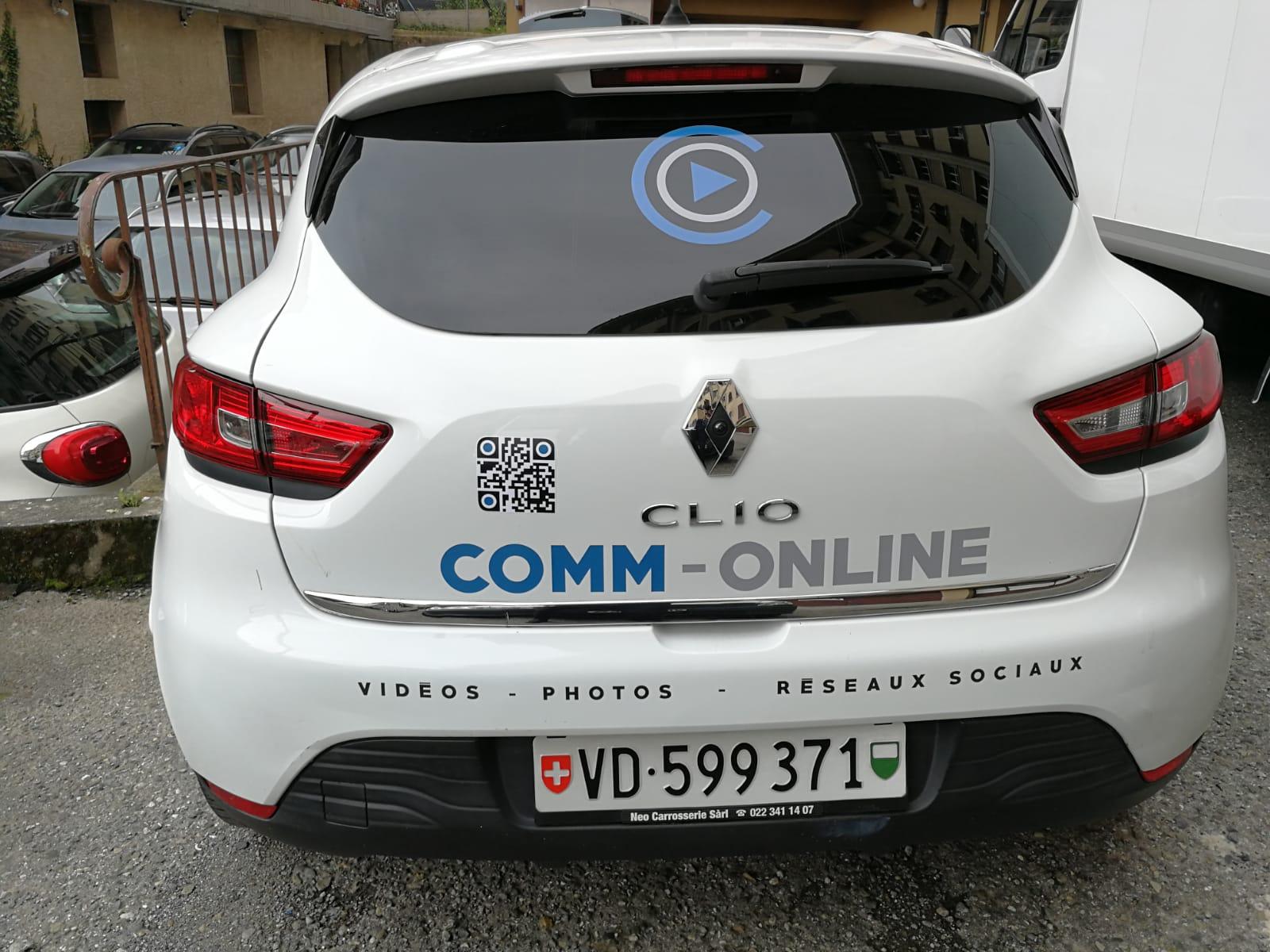 Labellisation stickers logo sur citadine portières, coffre, vitre arrière et capot (1)