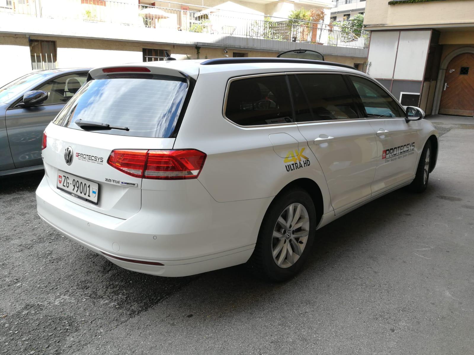 Logo portière autocollant, habillage sobre limousine véhicule entreprise (2)