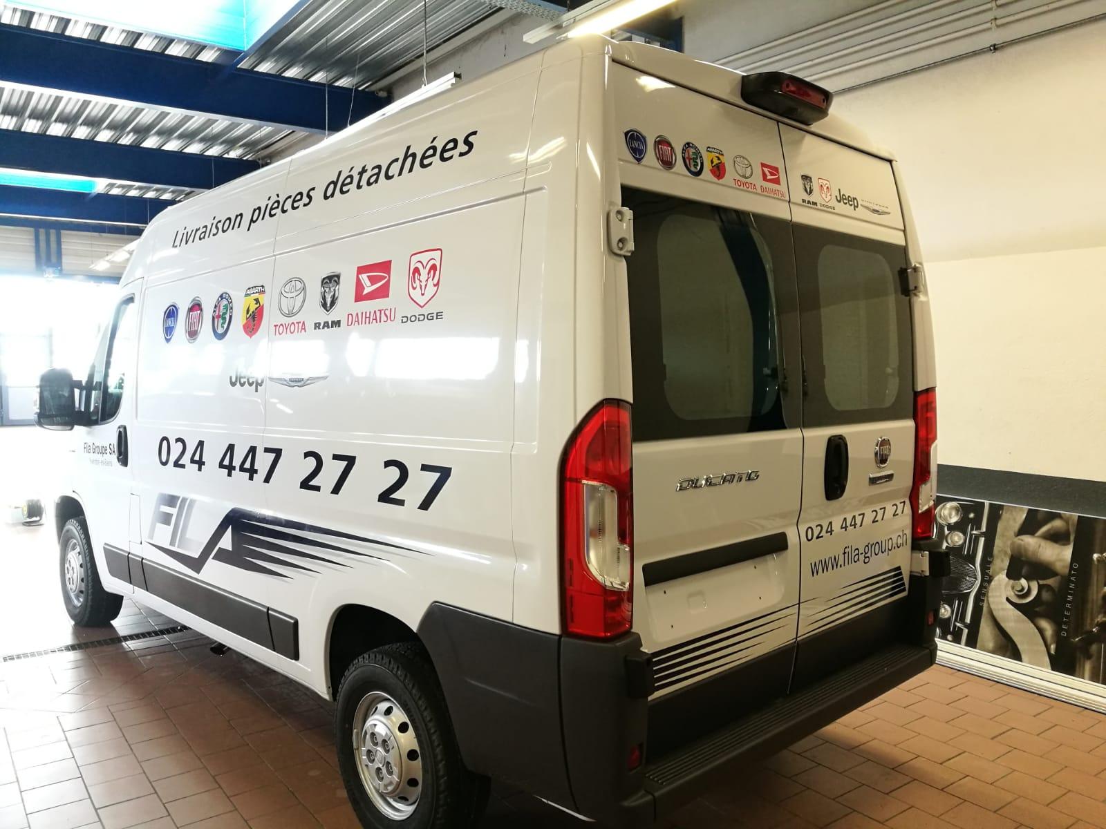 Publicité adhésive sur véhicule utilitaire à Yverdon (1)